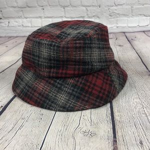 Flannel bucket hat